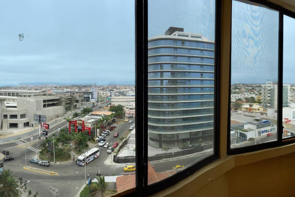 The east facing windows are a panorama of the city of Manta (new mall, on the left, opens in April 2017)