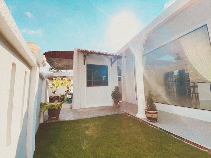 Penang island Garden Corner House | 8pax