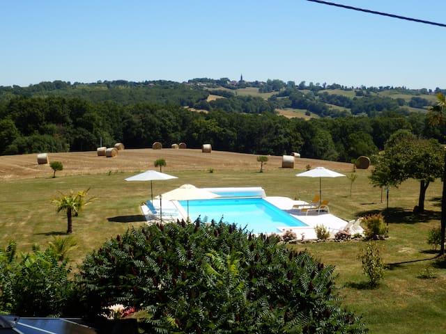 One bedroom gite in rural location with pool - Lupiac - Casa