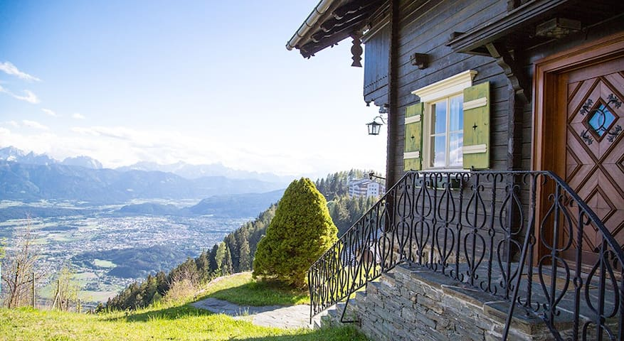 Stunning Chalet in the lower Alps - Kanzelhöhe - Kabin
