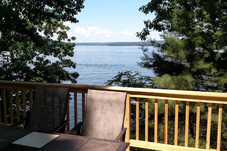 Lake Wallenpaupack direct lakefront w Dock - Hawley - 公寓