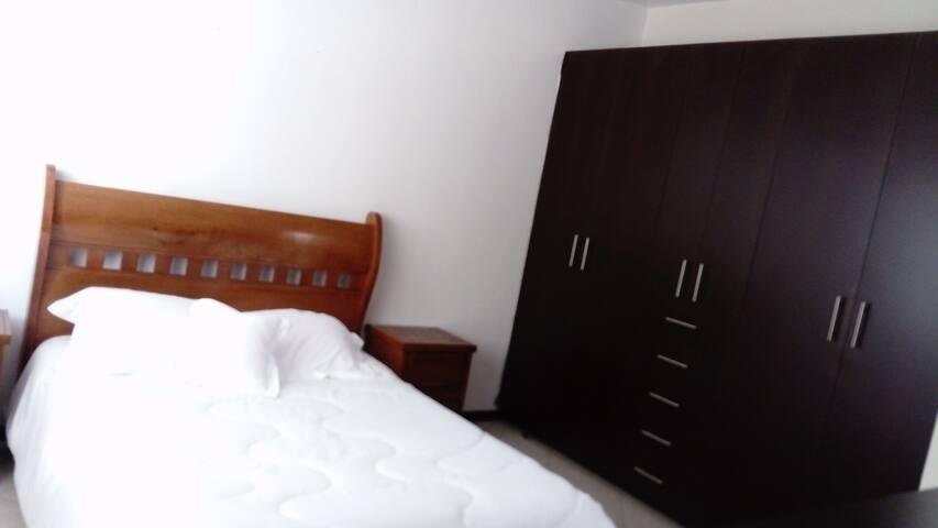 La habitación bicolor