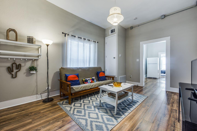 Living + Netflix + desk/super fast wifi + sleeper sofa!