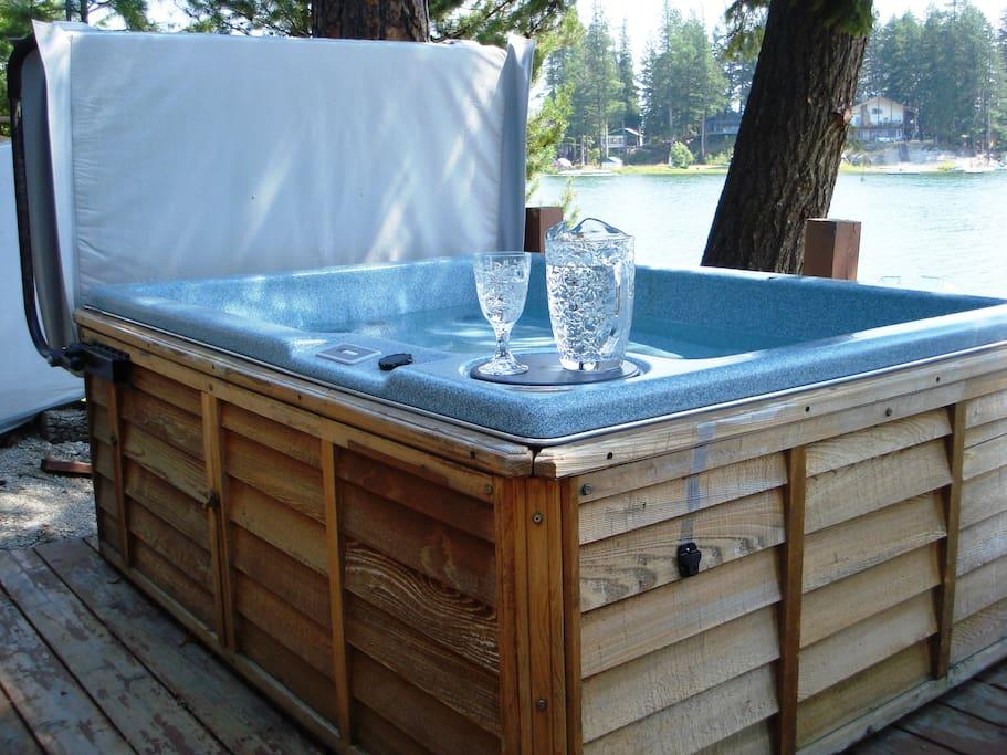 2-Person Hot Tub