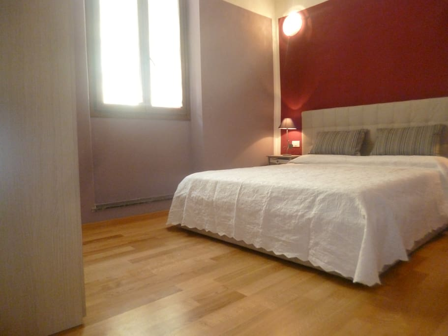 camera matrimoniale - room with double bed