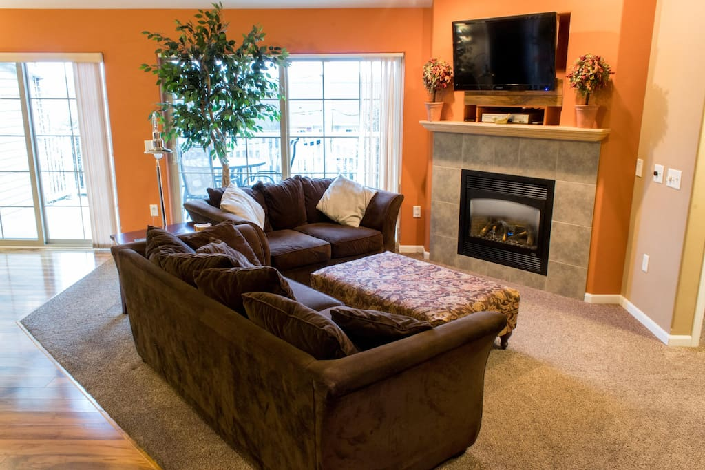 Wisconsin Dells Getaways #211 Living Area with Fireplace