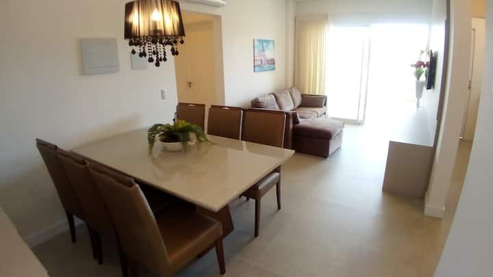 Maravilhoso Apartamento com 2 Suítes em Mariscal