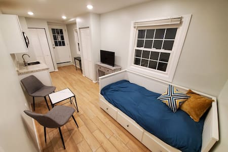 Remodeled suite centrally located in DC Metro area