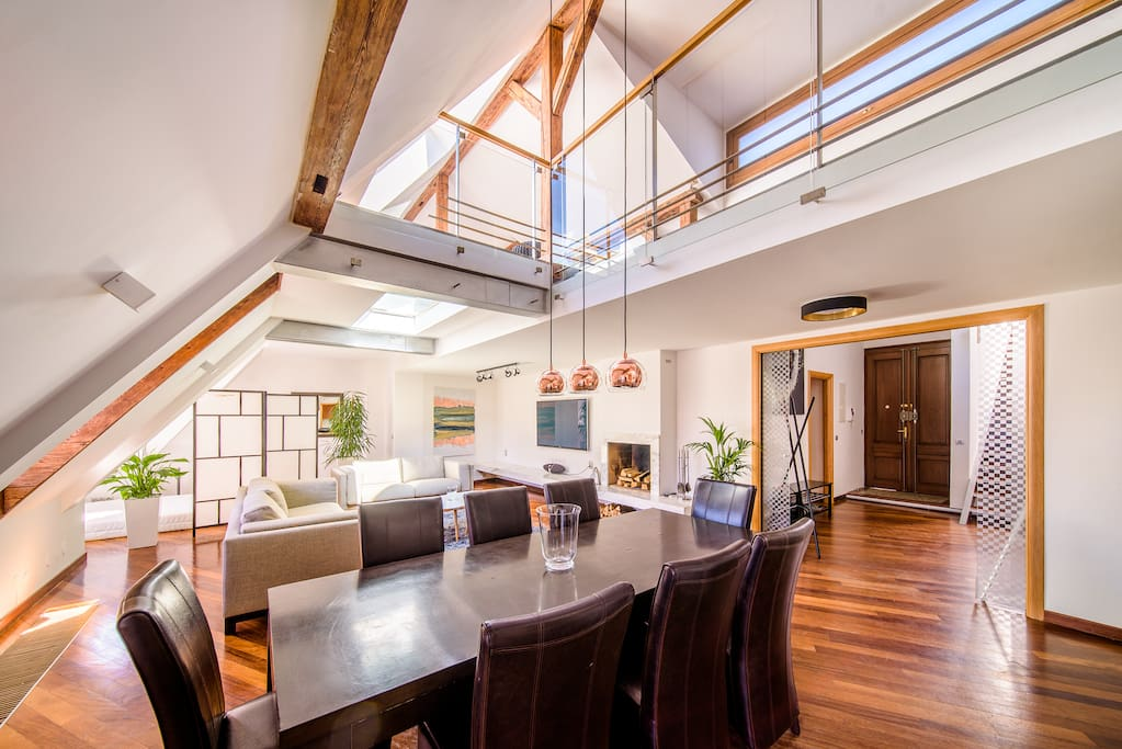 Enjoy luxury loft space in the heart of old town.