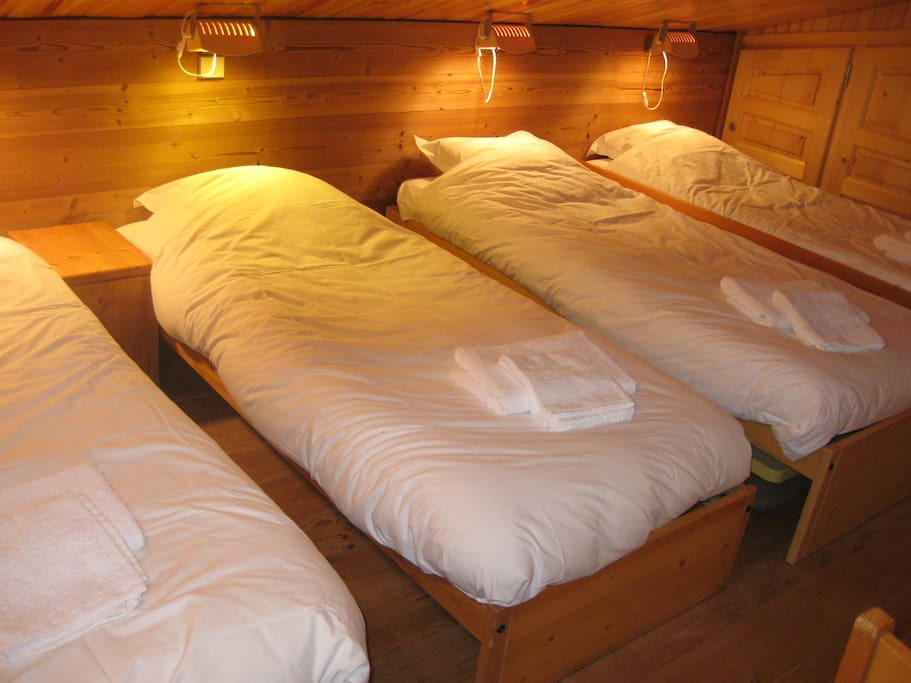 Chambre 2 4 lits sipmles