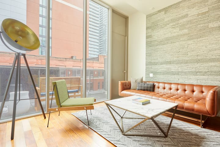 Sonder | Loft + Private Balcony | Weekly Specials