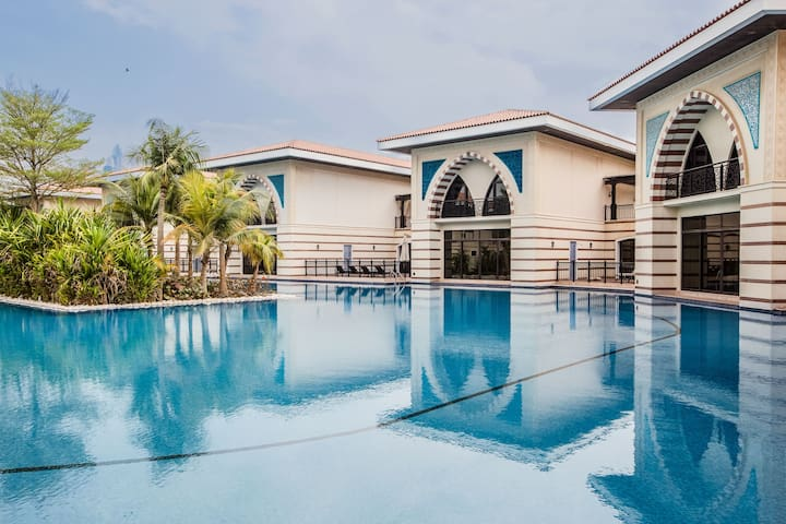 Lagoon Royal Residence - Two Bedroom