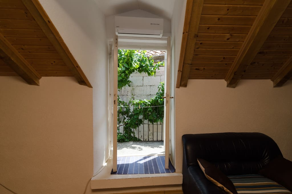 Old Town Apartment One Bedroom With Balcony Flats For Rent In Dubrovnik Dubrova Ko