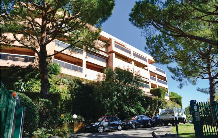 Holiday apartment with 1 bedroom on 57m² in Nice