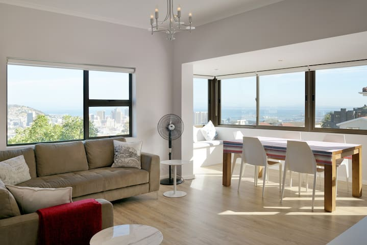 Sunny flat with panoramic views - Cape Town - Daire