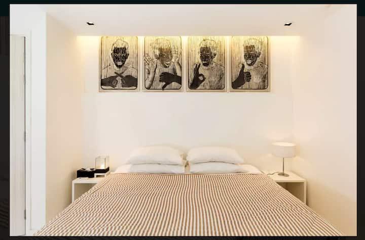 Lofty one bedroom townhouse @ bangsar