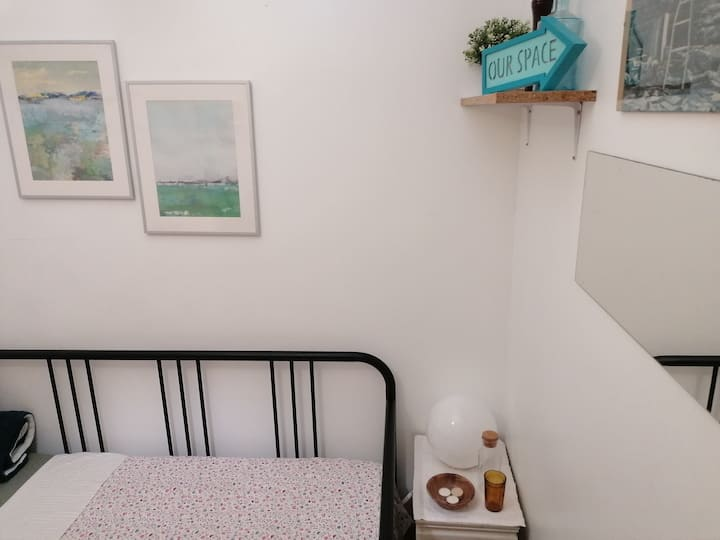 Room in beautiful Graça apartment with big terrace
