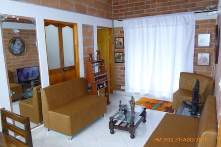 BEAUTIFUL ROOM near poblado south - Apartment