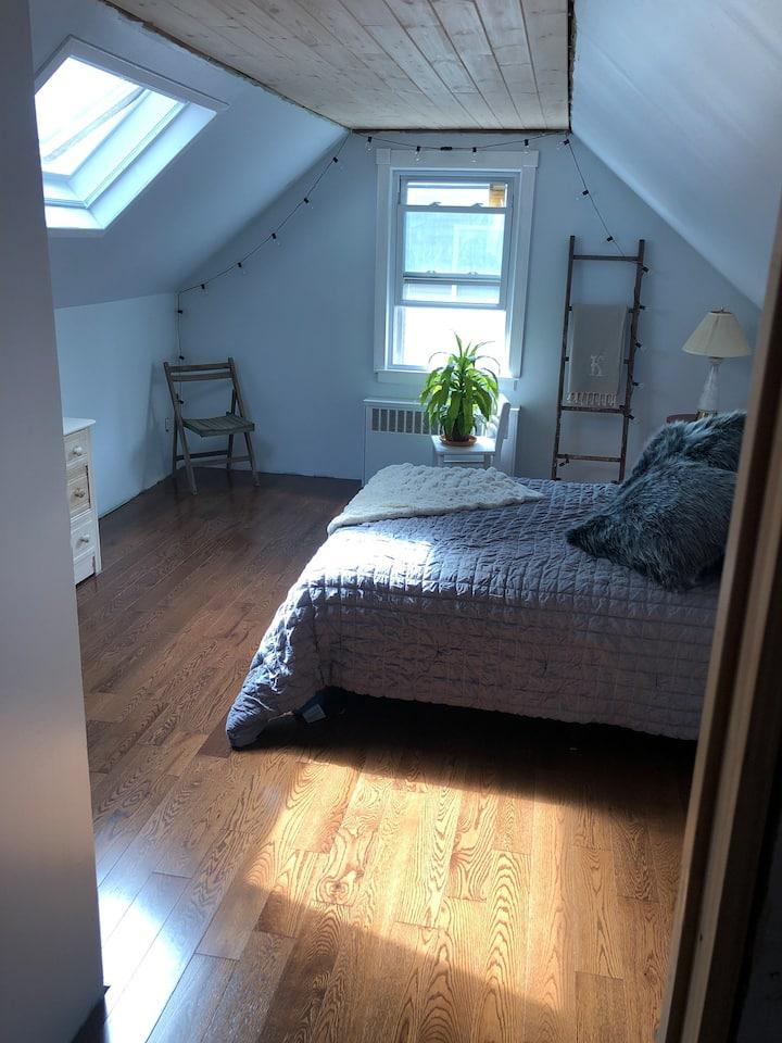 Dormer room near sound