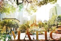 5 minutes walk to Malaysia Tourist Centre