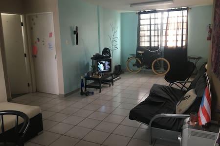 Friendly and cozy apt located at downtown Mayaguez - Mayagüez