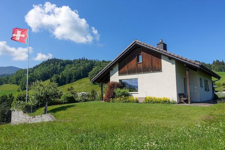 Freistehendes Ferienhaus mit wunderbarer Aussicht