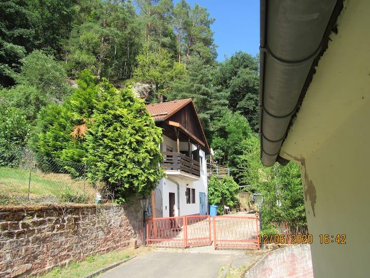 Ferienhaus Am Felsen