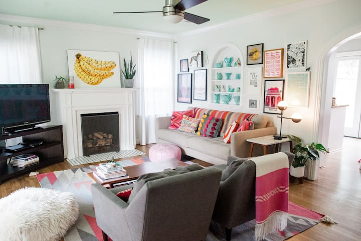 Chic Home Fort Worth Fun