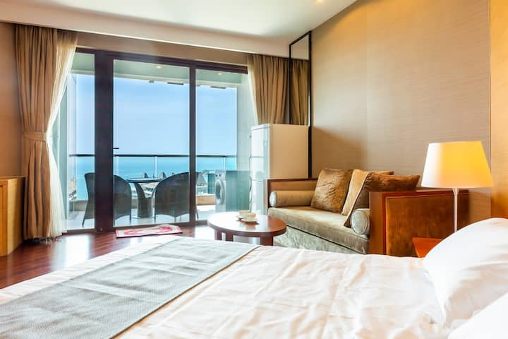 顶层海景公寓8号.清水湾