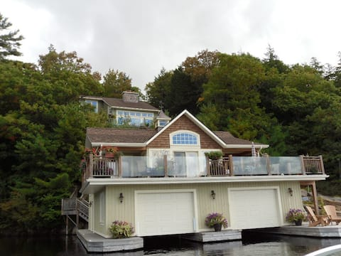 Luxury Boathouse on Lake Muskoka