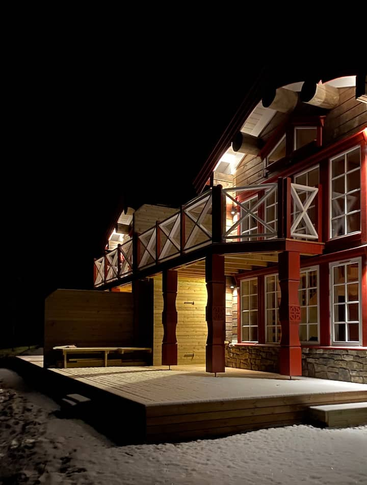 Nybyggd stuga i Stöten