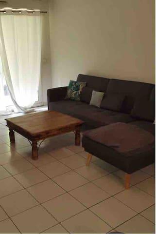 Appartement terrasse rdc t3 dans résidence privée
