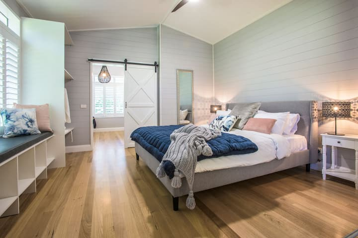 Escape to the country - in the Dandenong Ranges