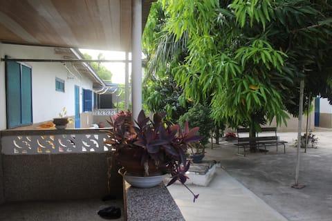 Cute guesthouse & garden in laid-back Ada, Ghana