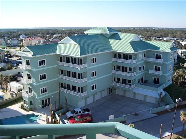 Villas at Dune Point - New Smyrna Beach *Unit 302*