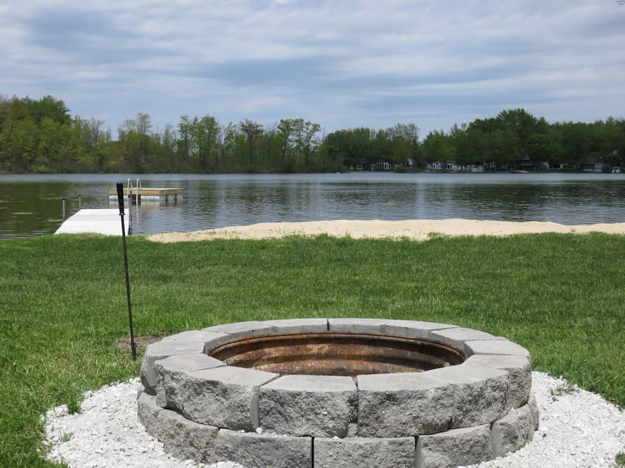 Private fire pit on Miner Lake
