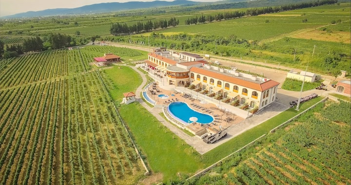 """Akhasheni Wine Resort"""