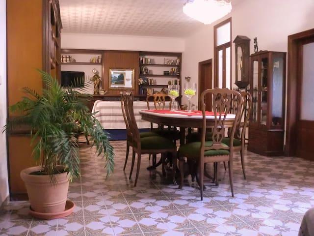 Casa en centro historico Alcudia - Alcúdia - Huis