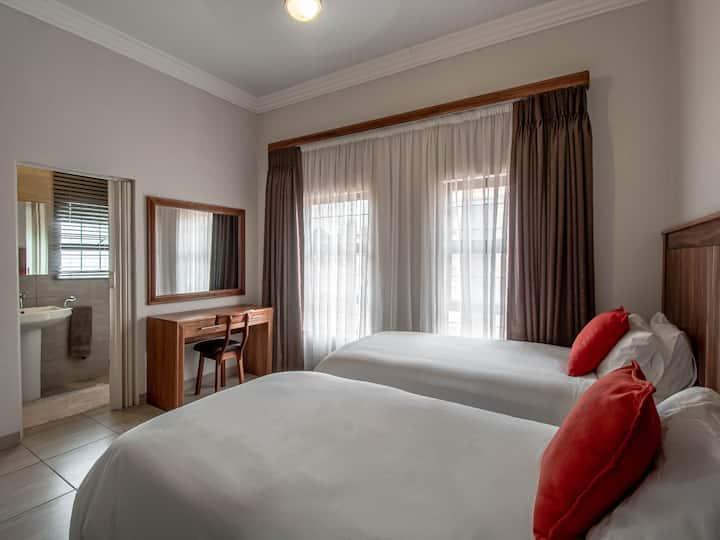 Twin 2 Bedroom Apartment
