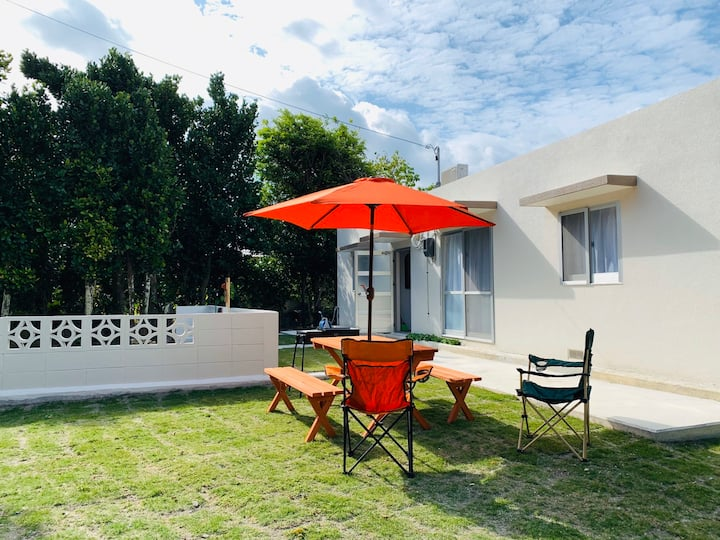1 minute walk to sandy beach! New independet villa
