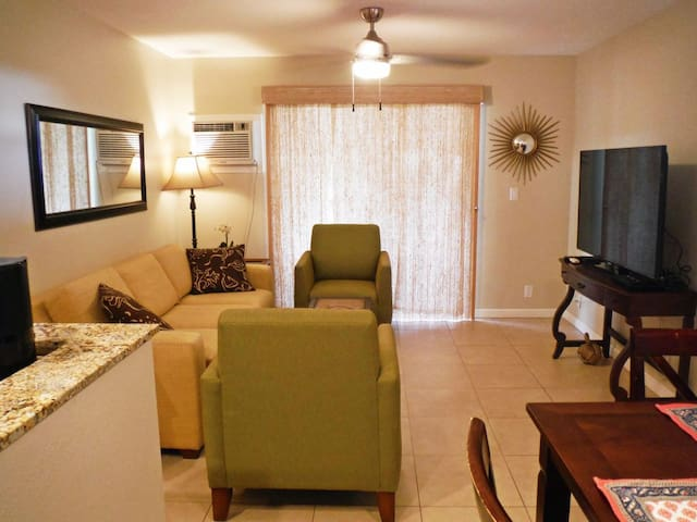 Ocean View, Remodeled 2Bd/1.5Bth, Clean & Quiet