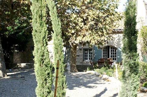 Charming  provencal house with swimming pool