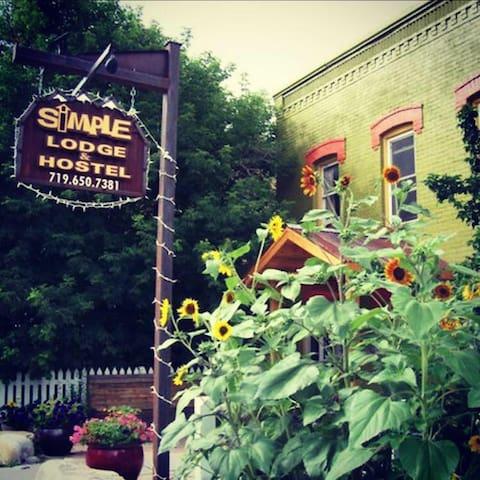 Simple Lodge & Hostel - Suite