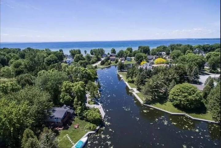 Lagoon City Villa