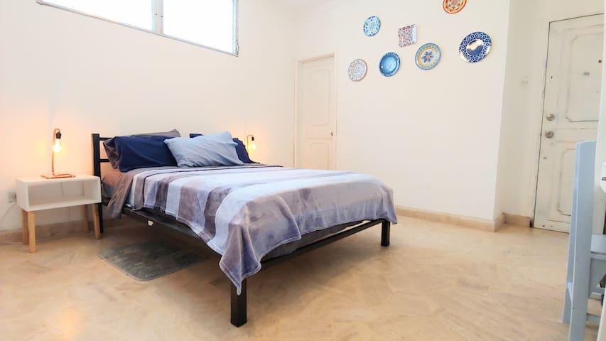 ❤️Dwntwn P.Room Full Bed AC P.WC in Big/Cozy Apt