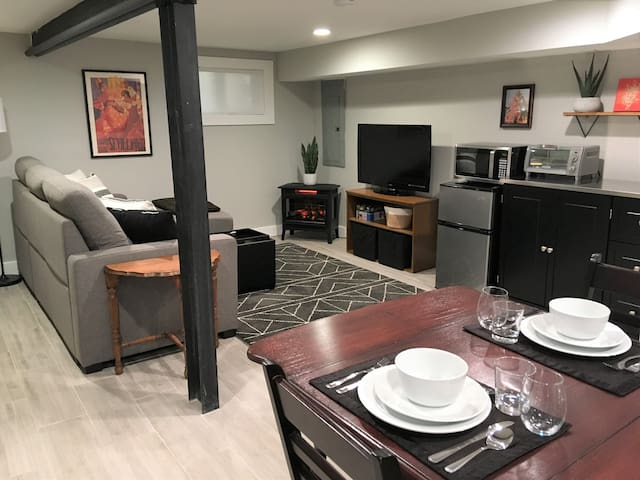 Stylish & Comfy Brookland Suite (Near Metro)