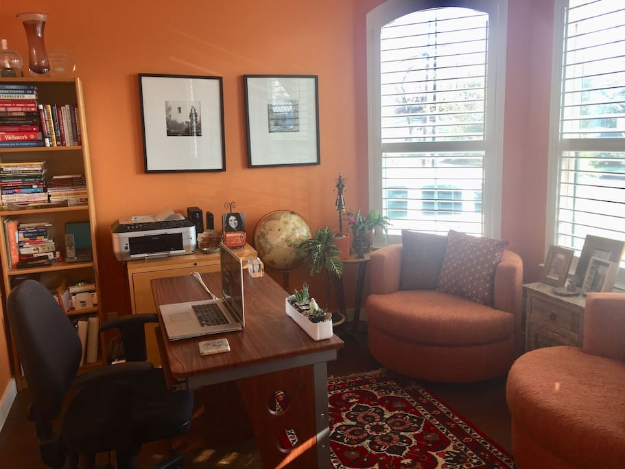 home office with bay windows, wireless available