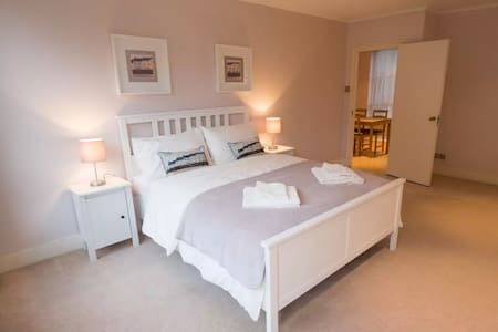 Large, Modern and Bright flat in Westminster - Лондон - Квартира