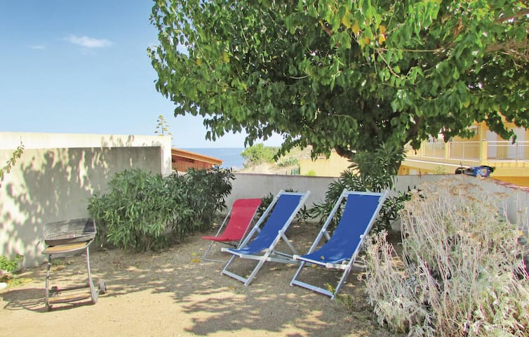Holiday apartment with 3 bedrooms on 55m² in Calvi