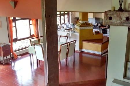 Casa na Mata - Próxima a BH - Nova Lima - Rumah